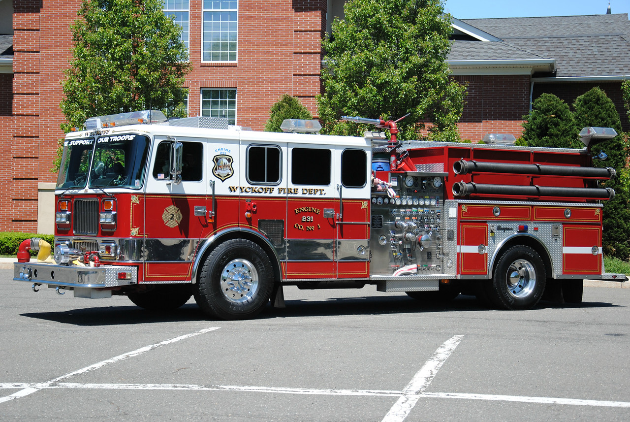 Wyckoff Fire Department Engine 231