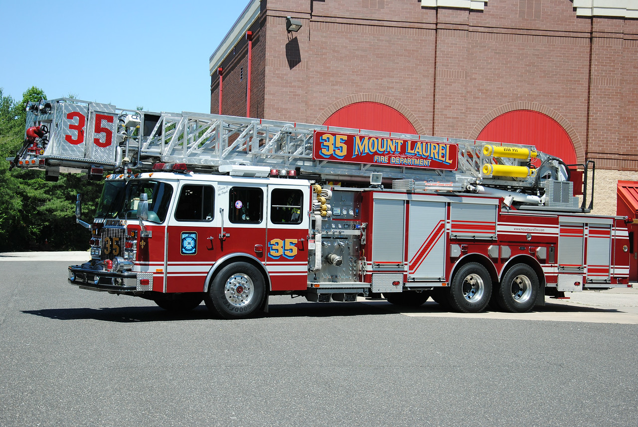 Mount Laurel Fire Department, Mount Laurel Tower 3635