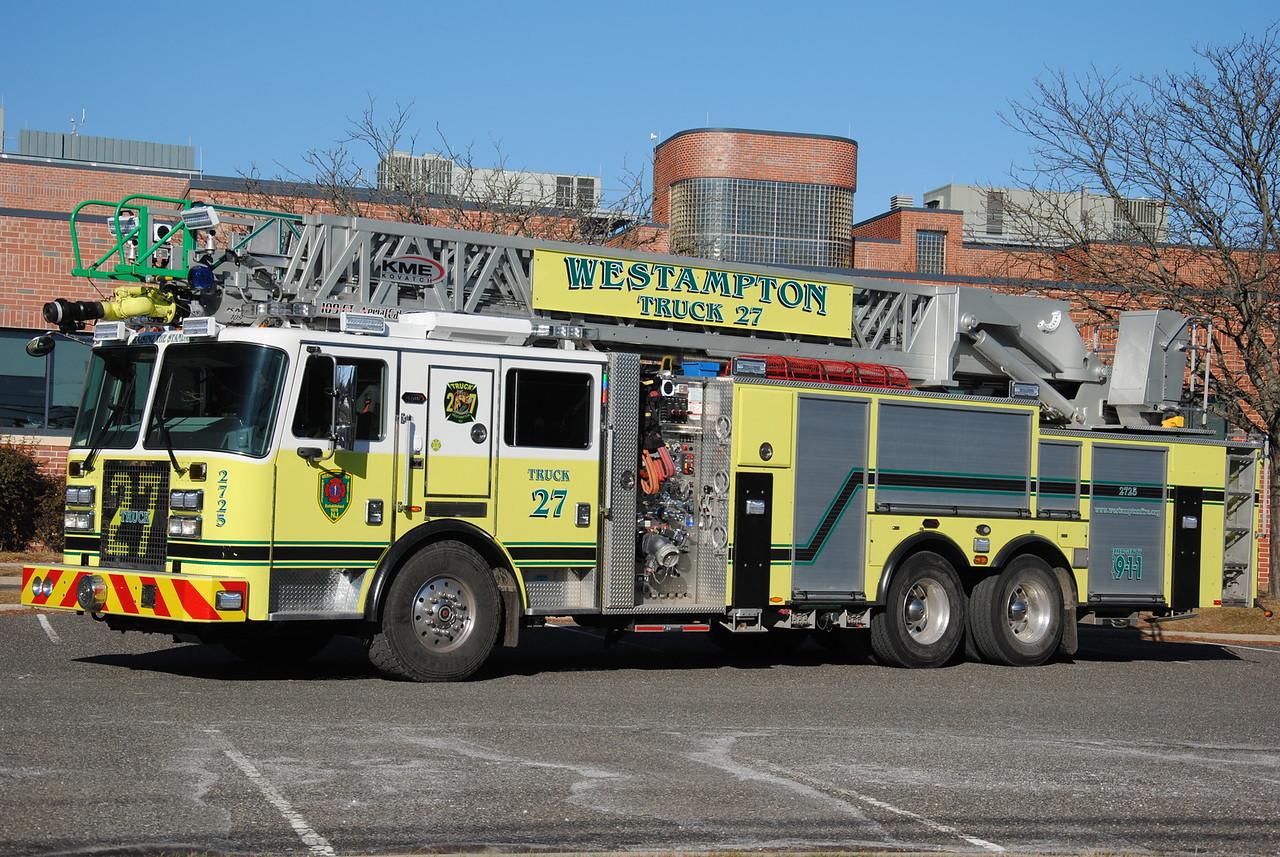 Westampton Twp Emergency Services, Westampton Ladder 2725