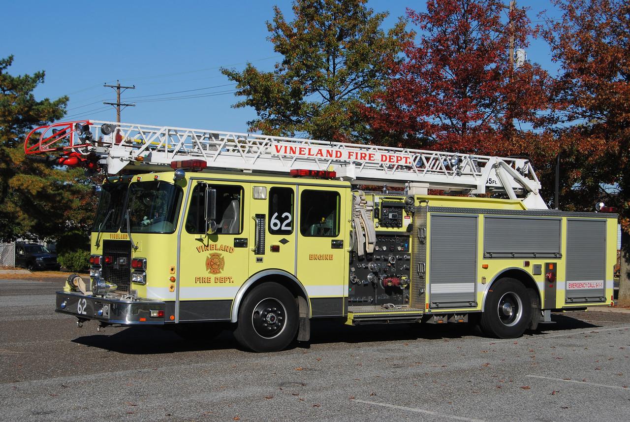 Vineland Fire Department Engine 62