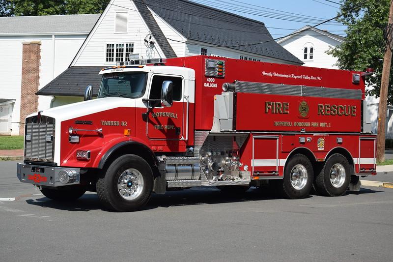 Hopewell Fire Department Tanker 52