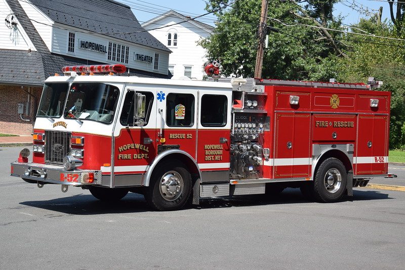 Ex-Hopewell Fire Department Rescue 52