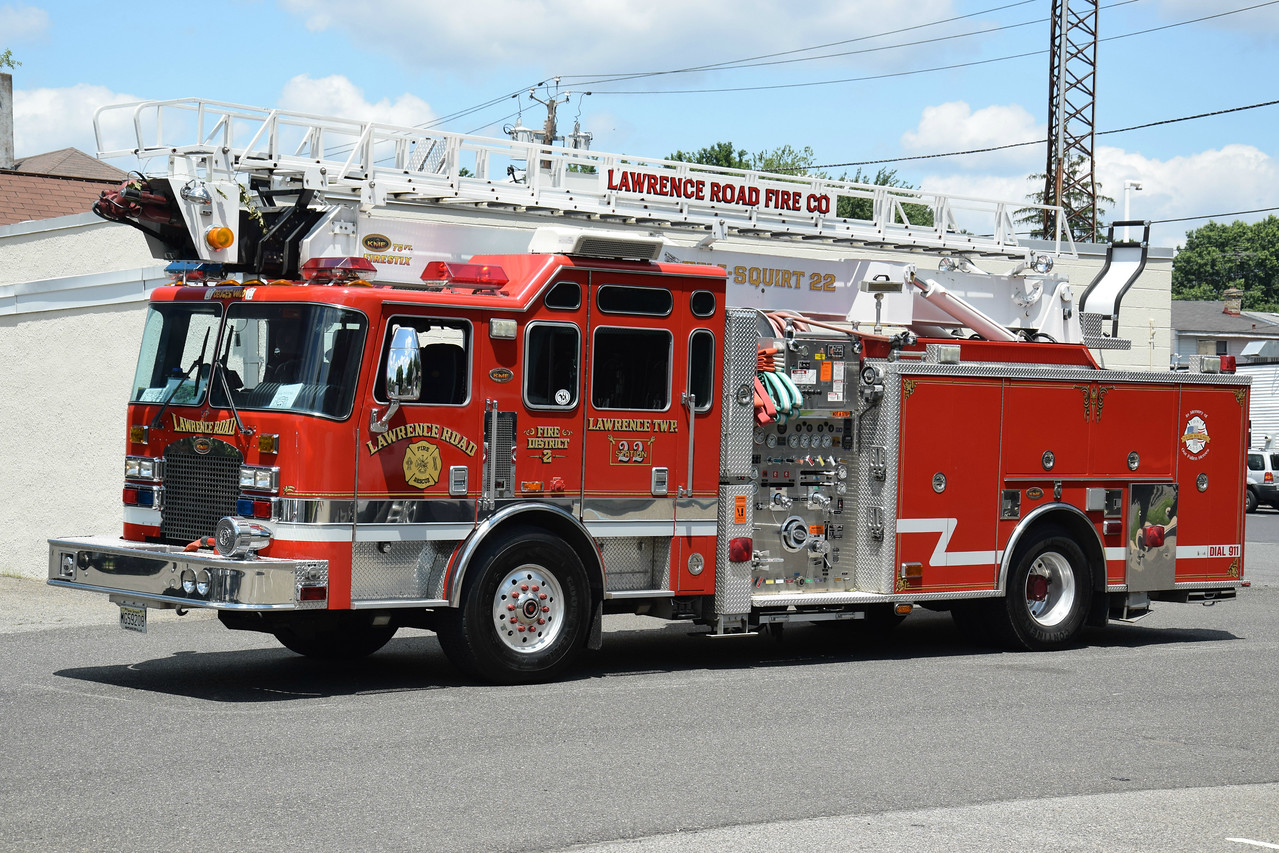 Lawrence Road Fire Company Tele-Squirt 22