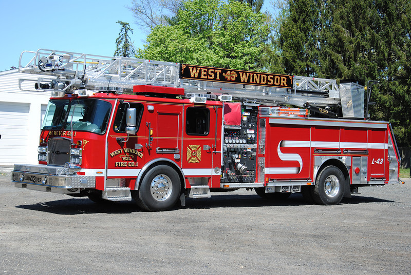 West Windosr Fire Company #1 Ladder 43