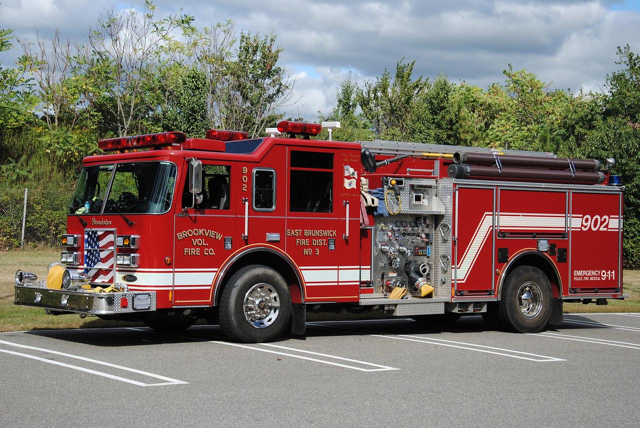 Brookview Fire Company Engine 902