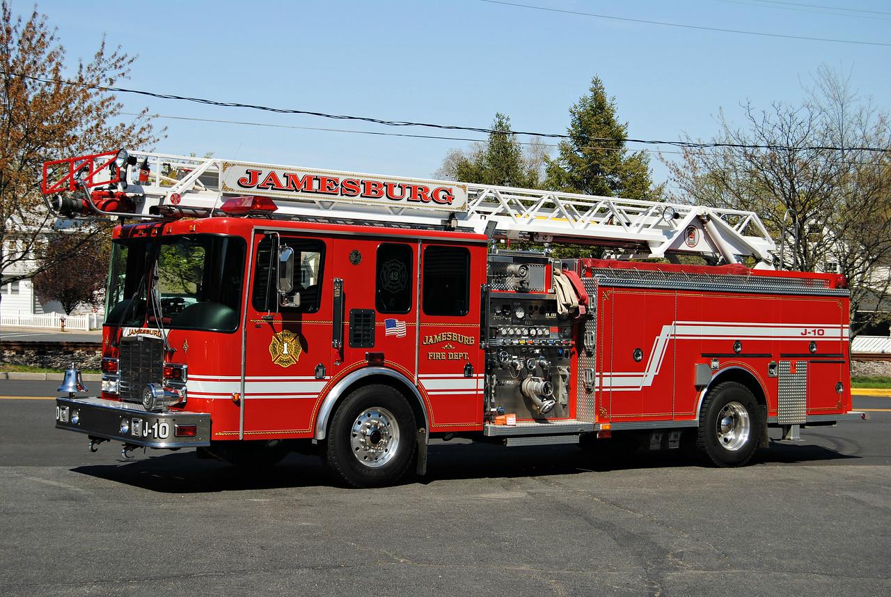 Jamesburg Fire Department Ladder J-10