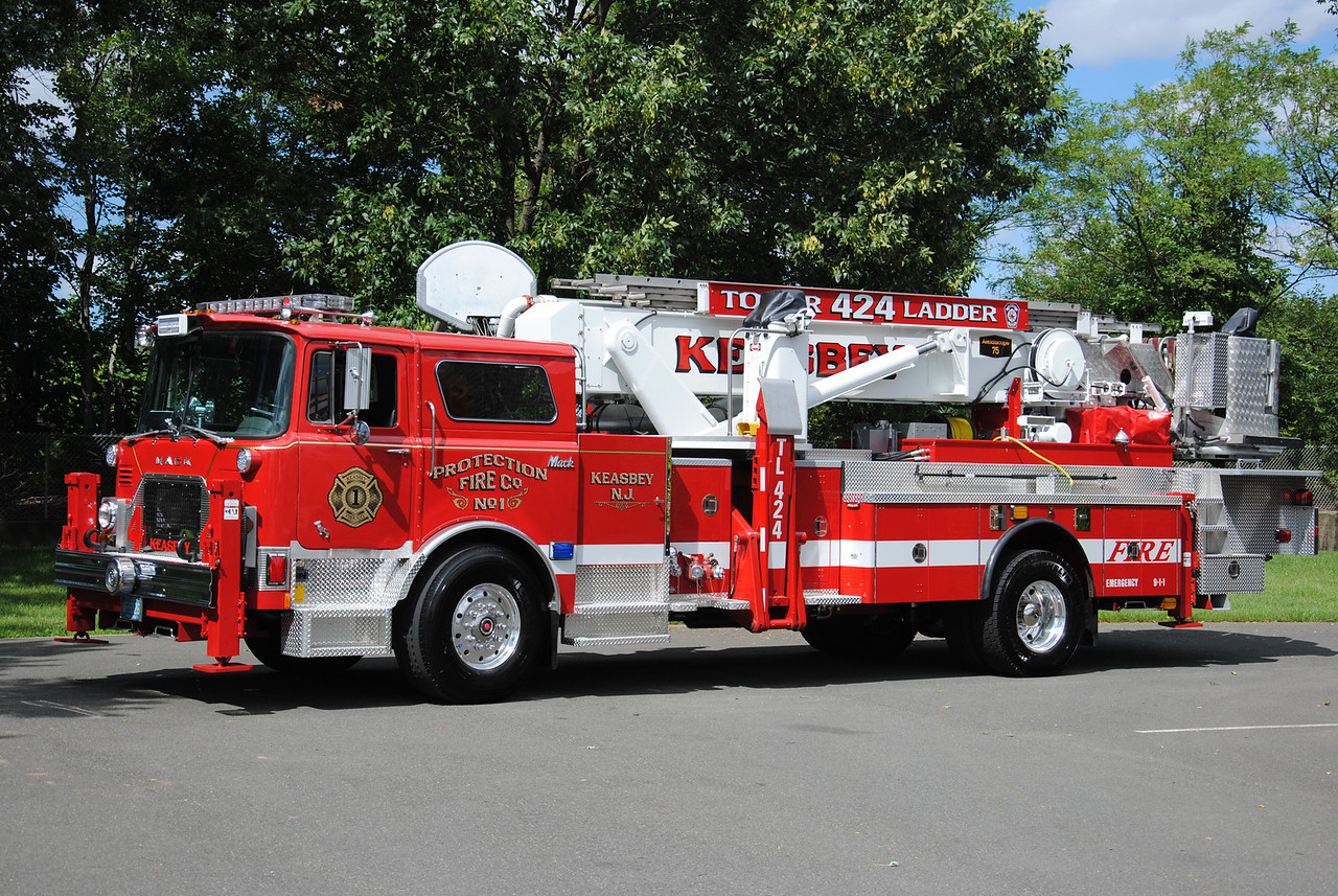 Protection Fire Company #1, Keasbey Ladder 424