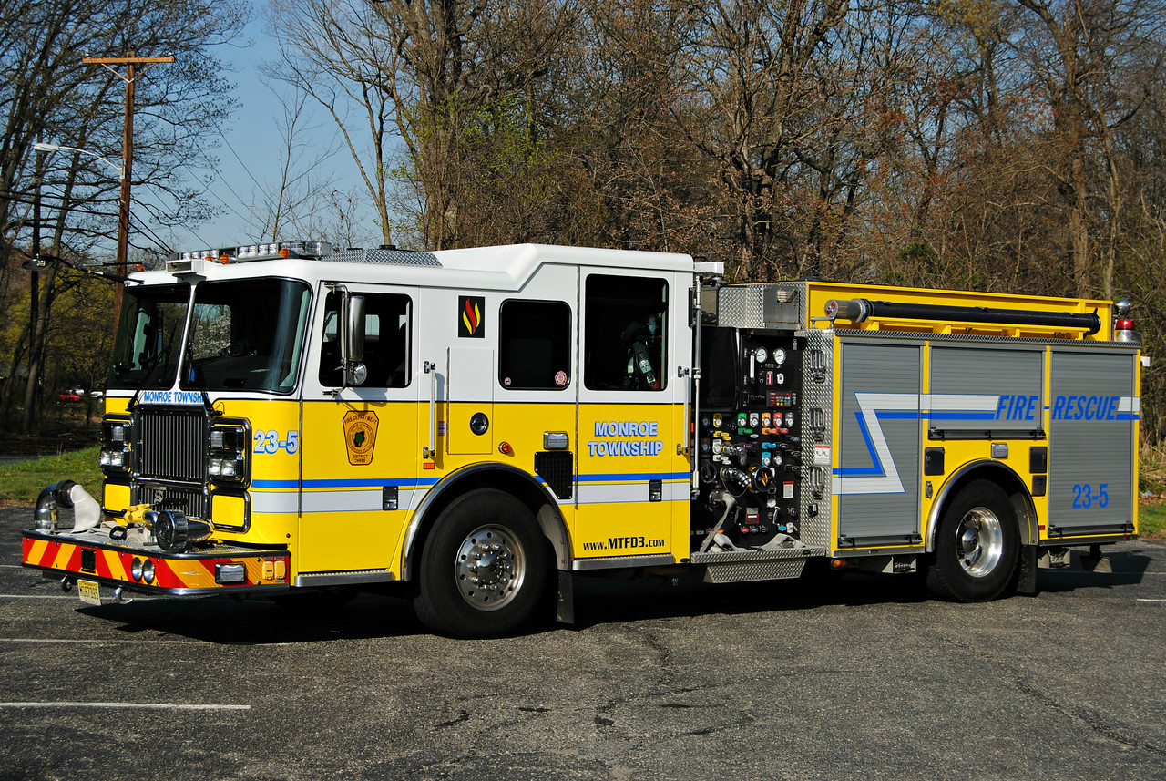 Monroe Fire District #3 Engine 23-5