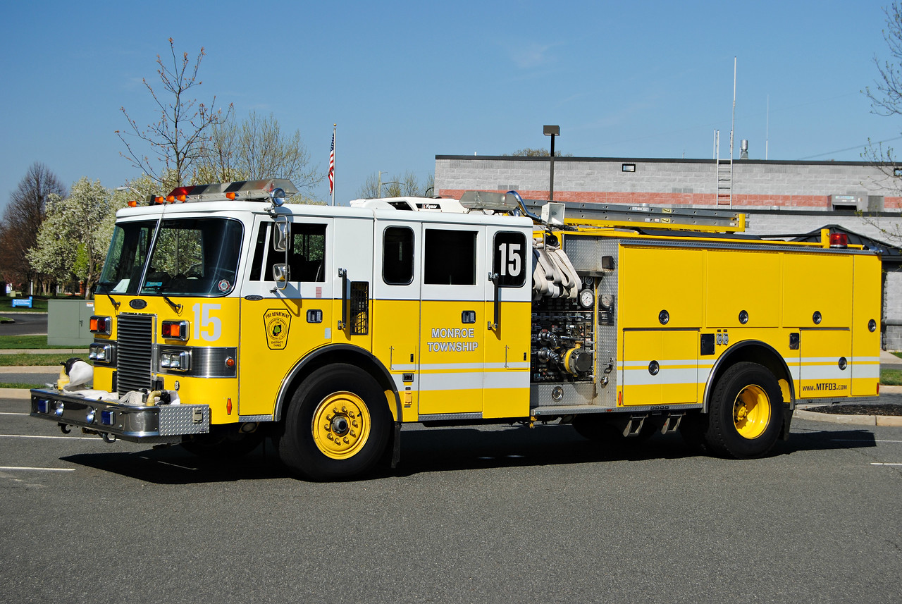 Monroe Fire District #3 Engine 15