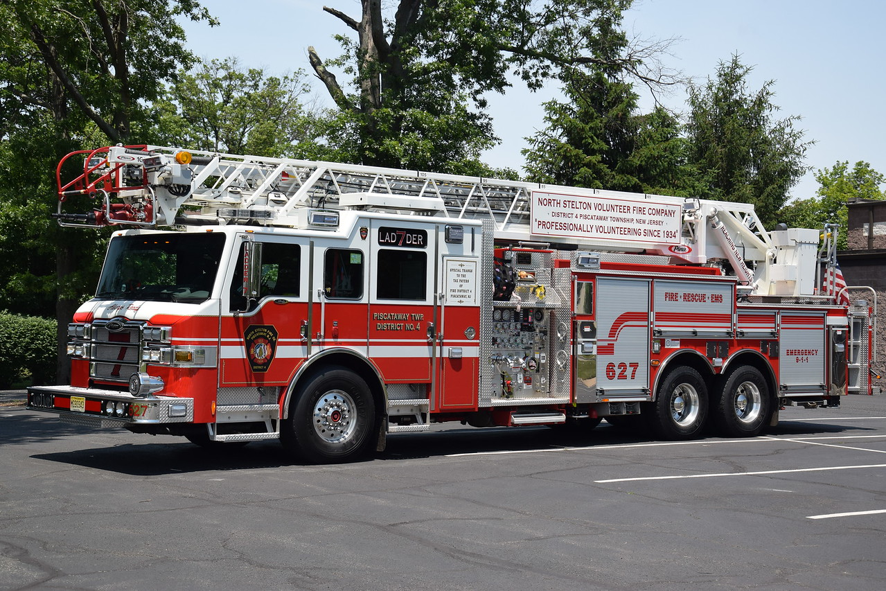 North Stelton Fire Company Ladder 627