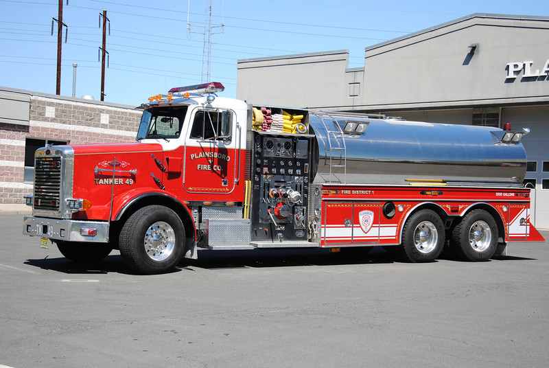 Ex-Plainsboro Fire Company Tanker 49
