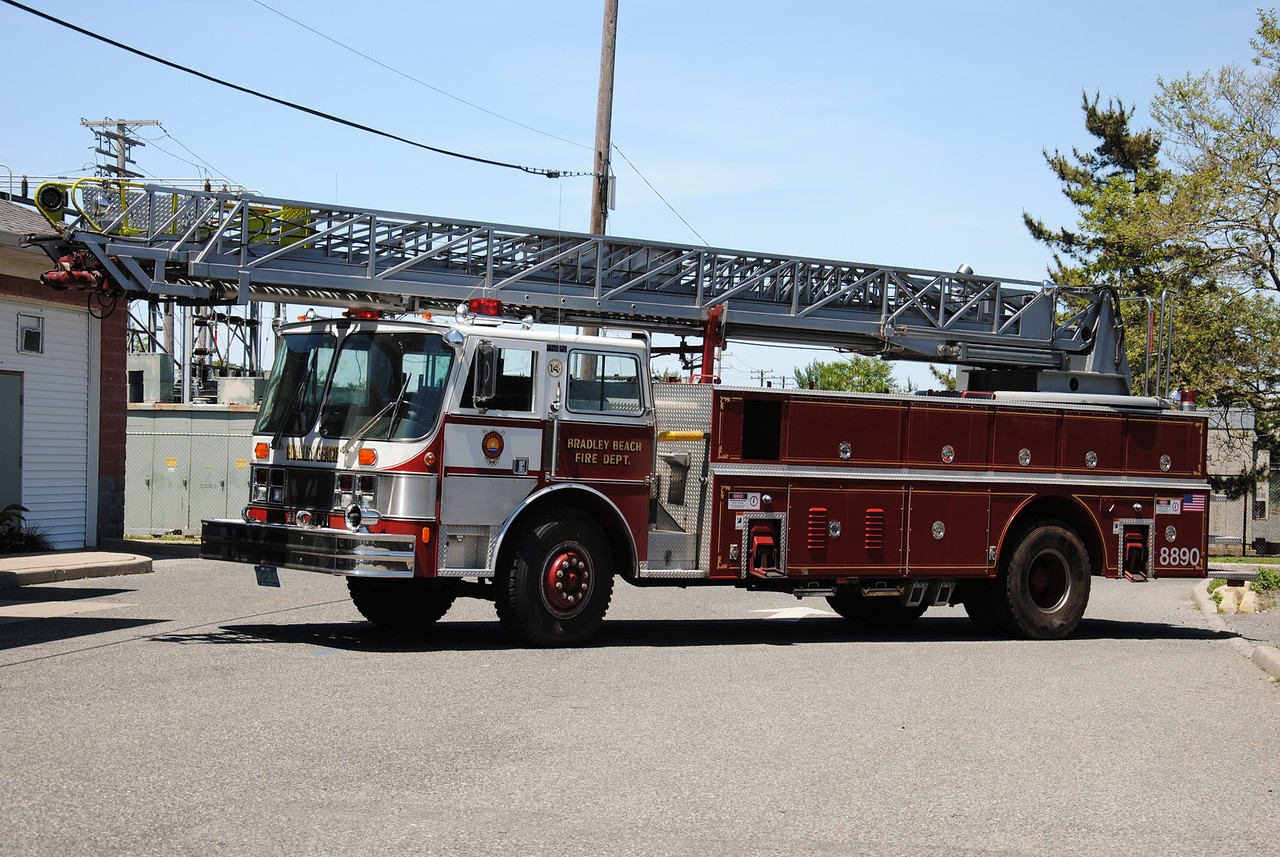United Engine & Truck Company, Bradley Beach Ex-Ladder 88-90