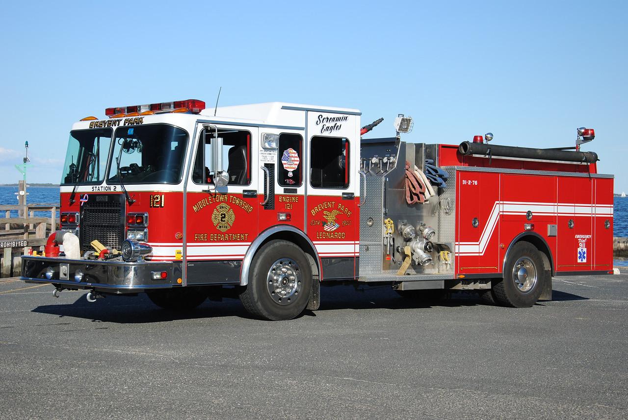 Brevent Park & Leonardo Fire Company Engine 31-2-76