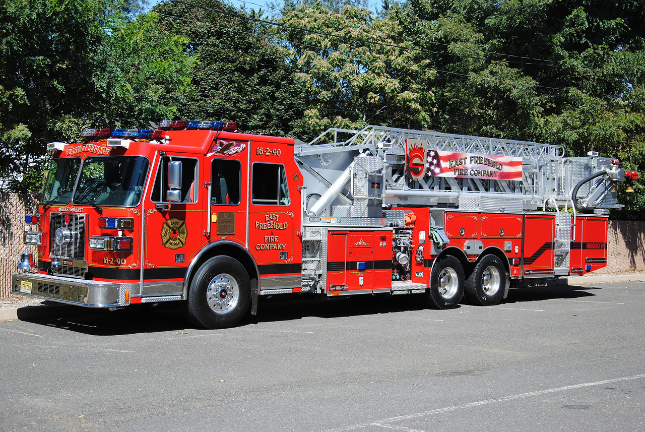 East Freehold Fire Company Ladder 16-2-90