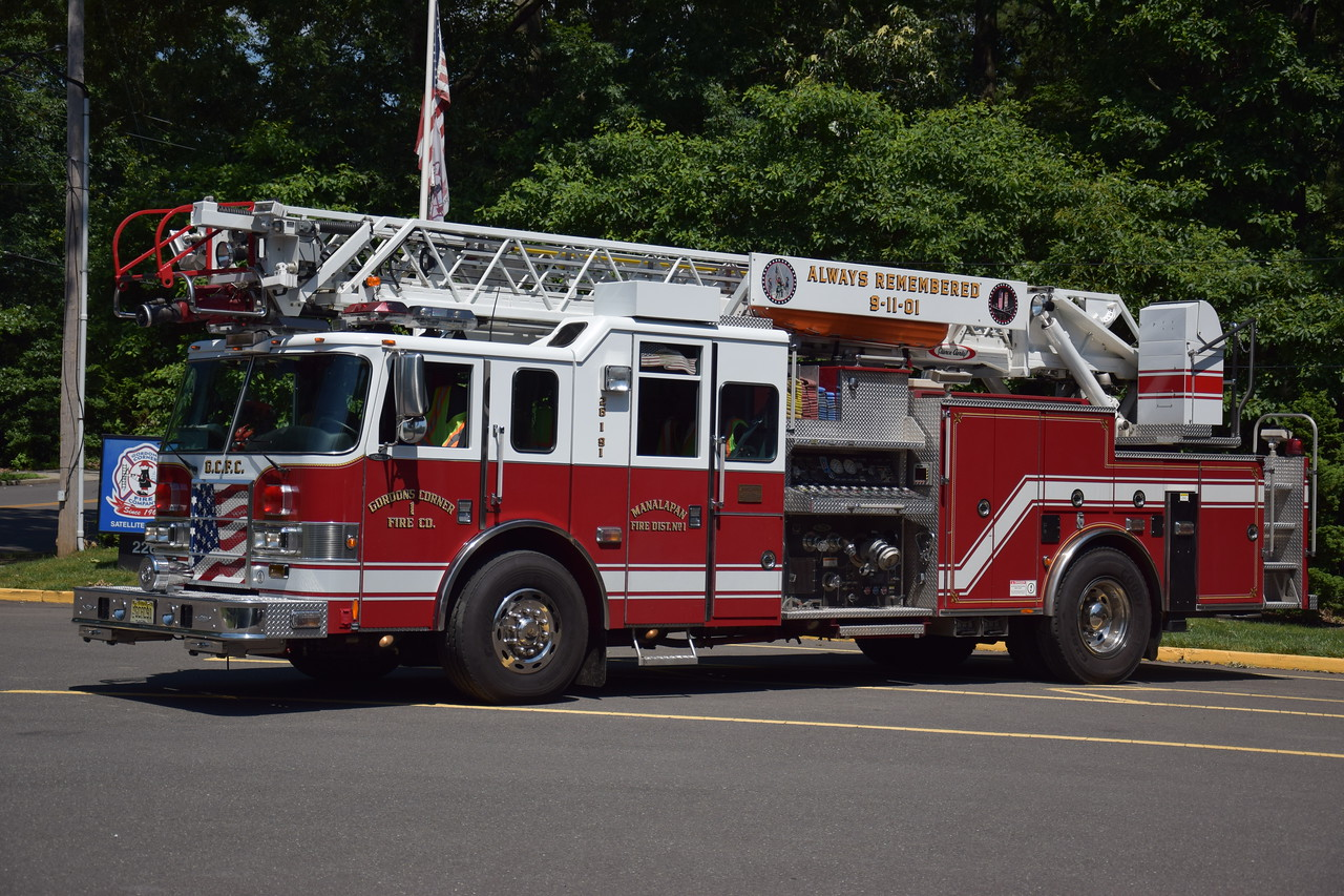 Gordons Corner Fire Company Ladder 26-1-91