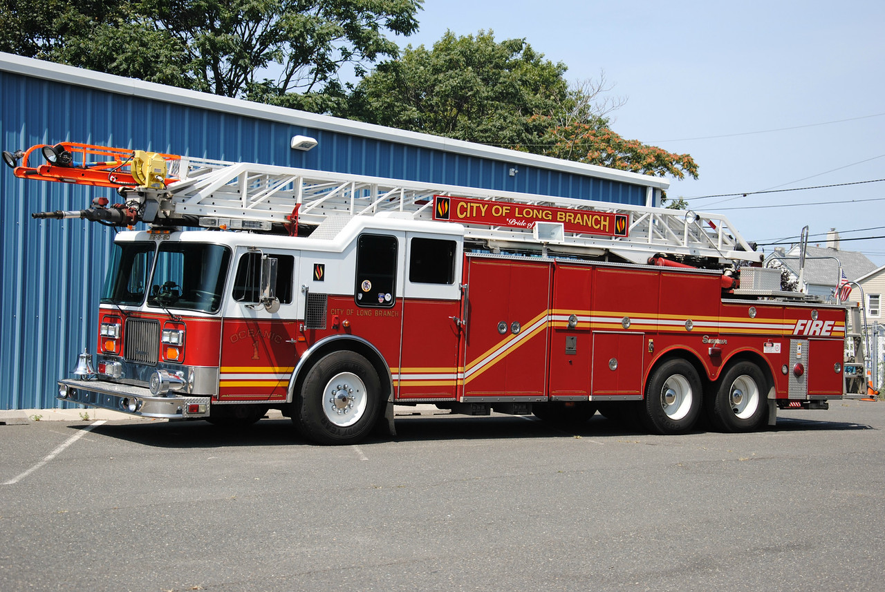 Oceanic Hook & Ladder #1 Long Branch Fire Dept Ladder 25-6-90