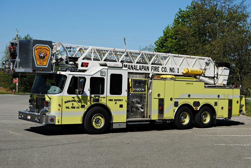 Manalapan Twp Fire Company #1 Ladder 26-2-90