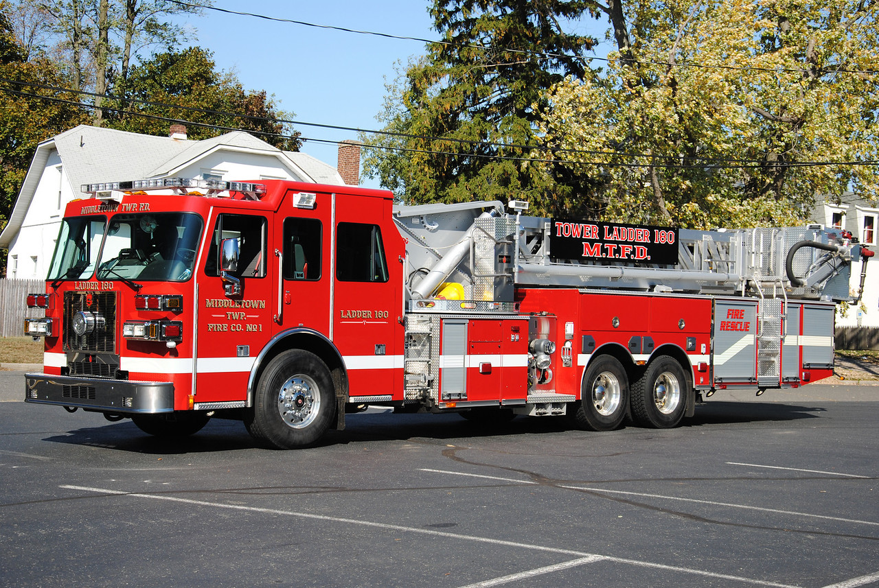 Middletown Twp Fire Company #1, Middletown Ladder 180