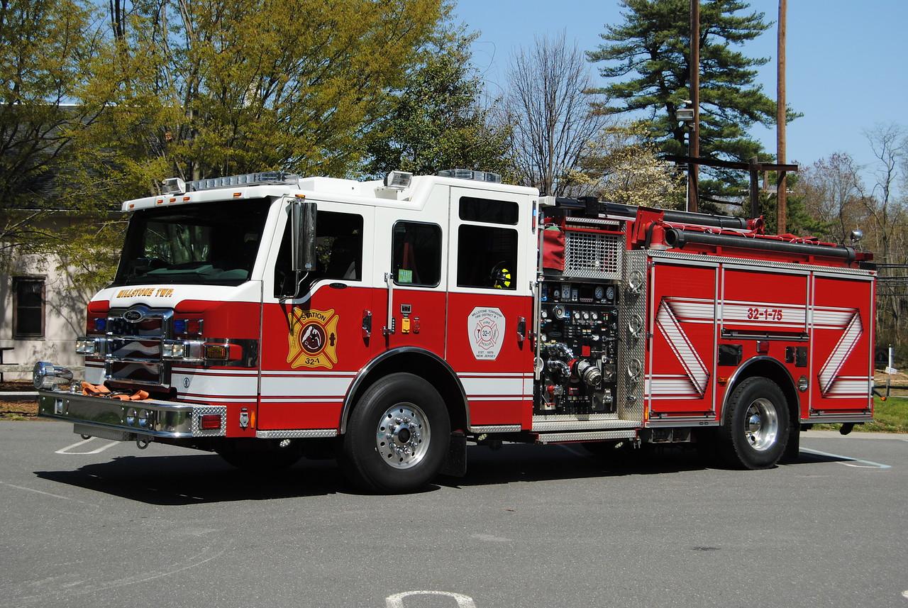 Millstone Twp Fire Company Engine 32-75