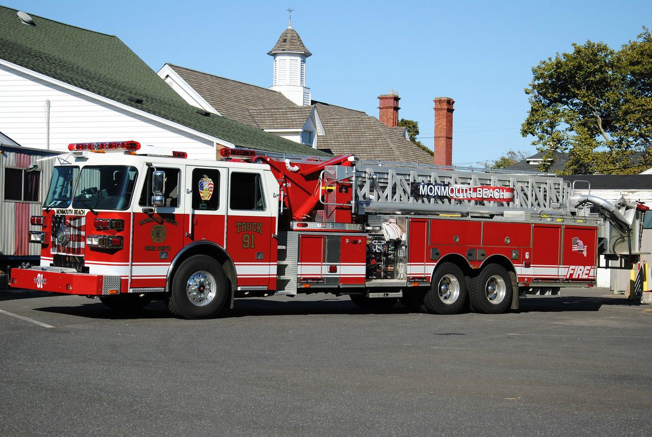 Monmouth Beach Fire Department Truck 33-91