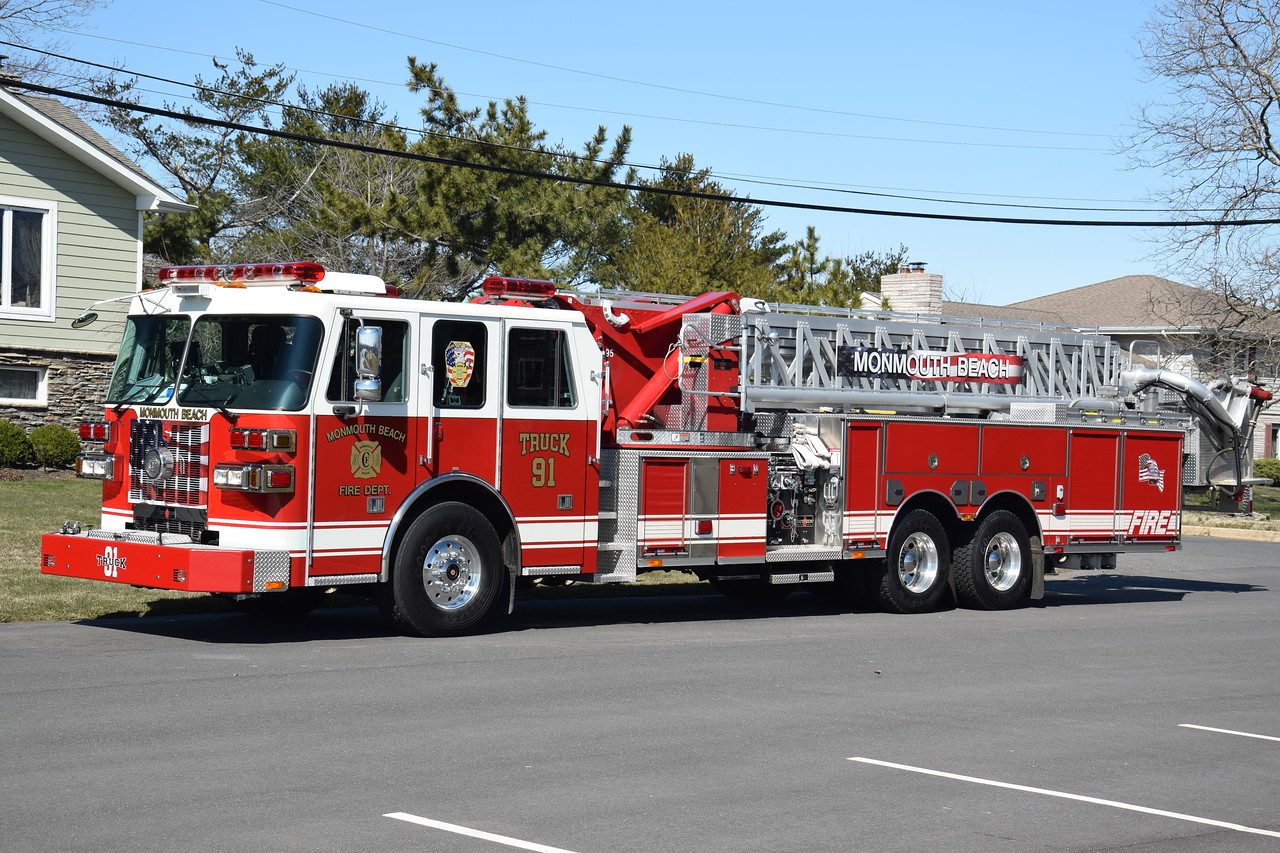 Monmouth Beach Fire Department Truck 33-91