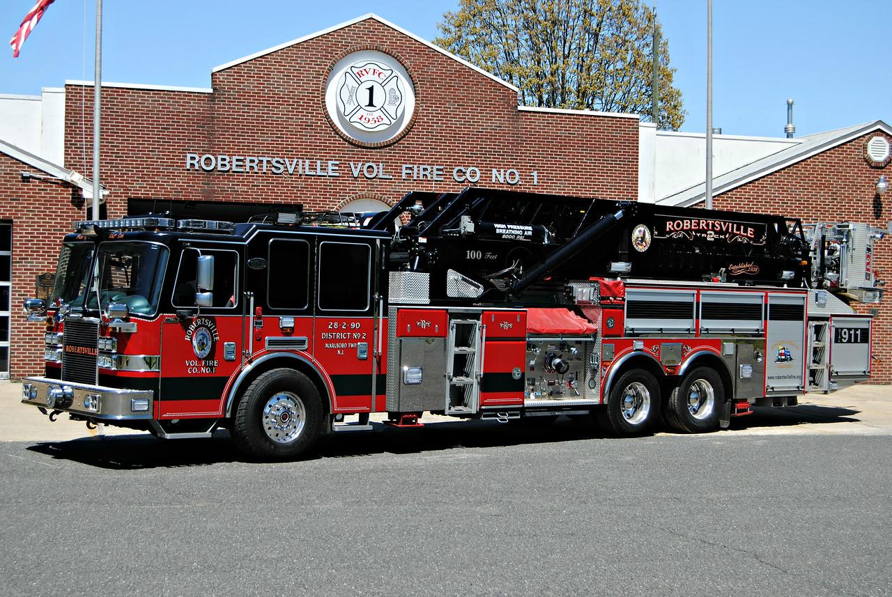 Robertsville Fire Company Truck 28-2-90