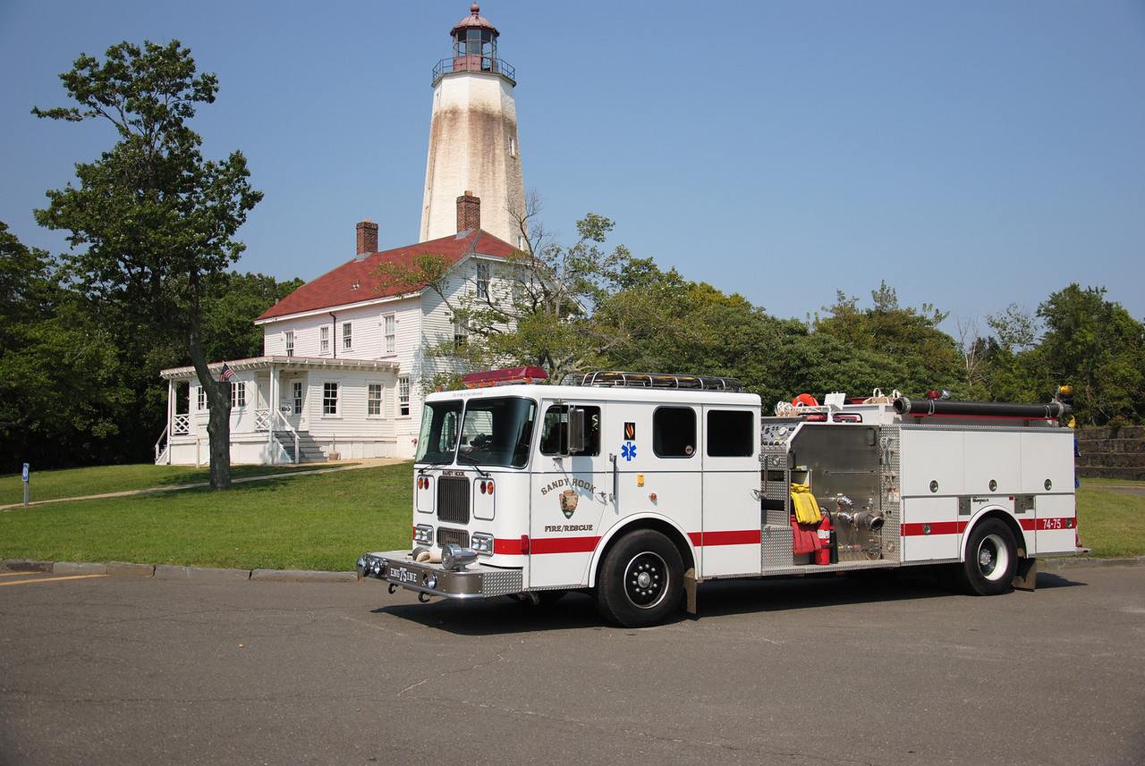 Sandy Hook Fire/Rescue, Us National Park Services Engine 74-75