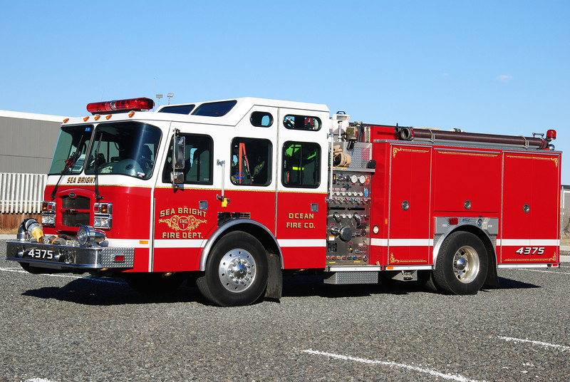 Sea Bright Fire Department Engine 43-75