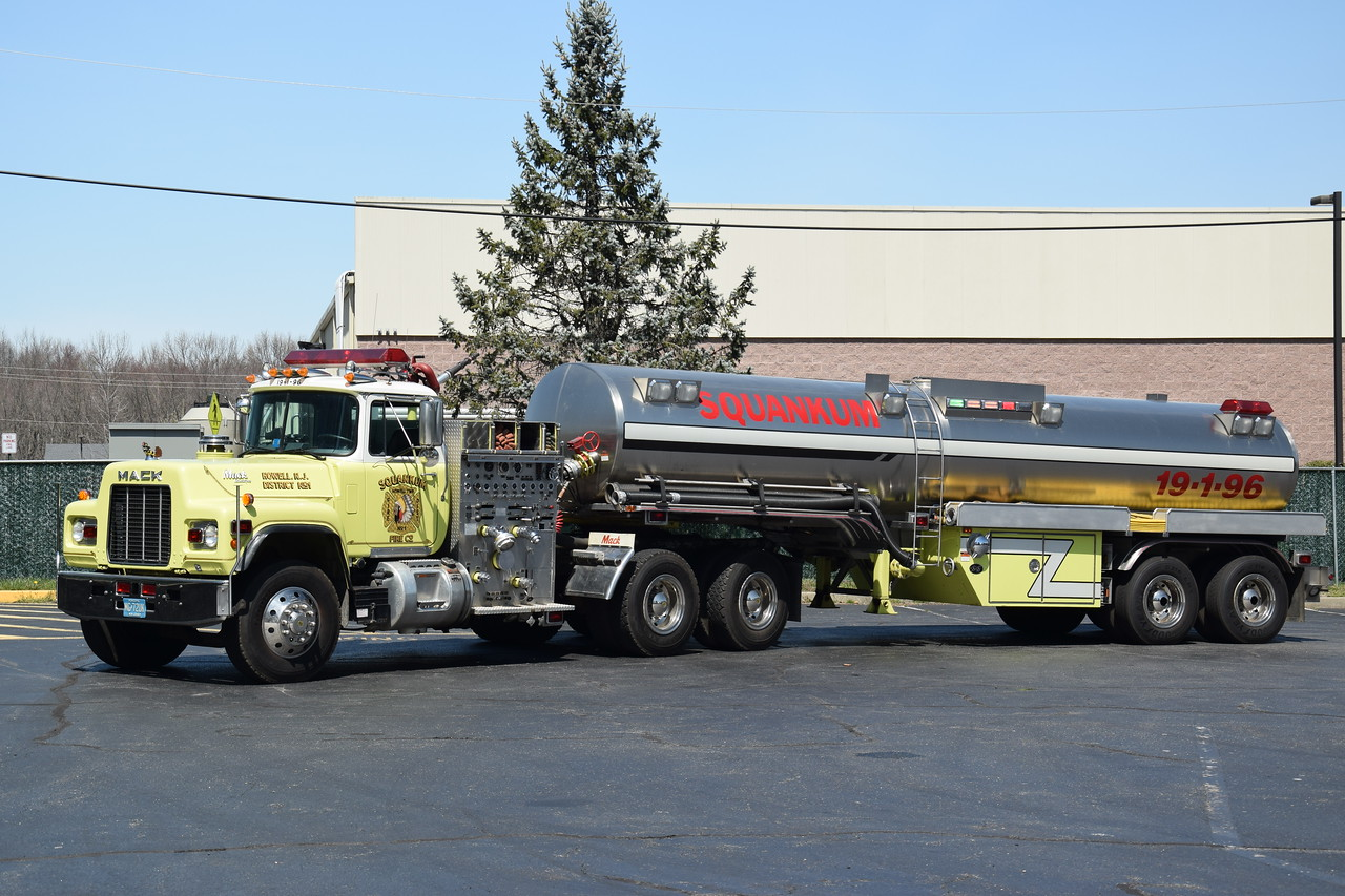 Squankum Fire Company Tanker 19-1-96