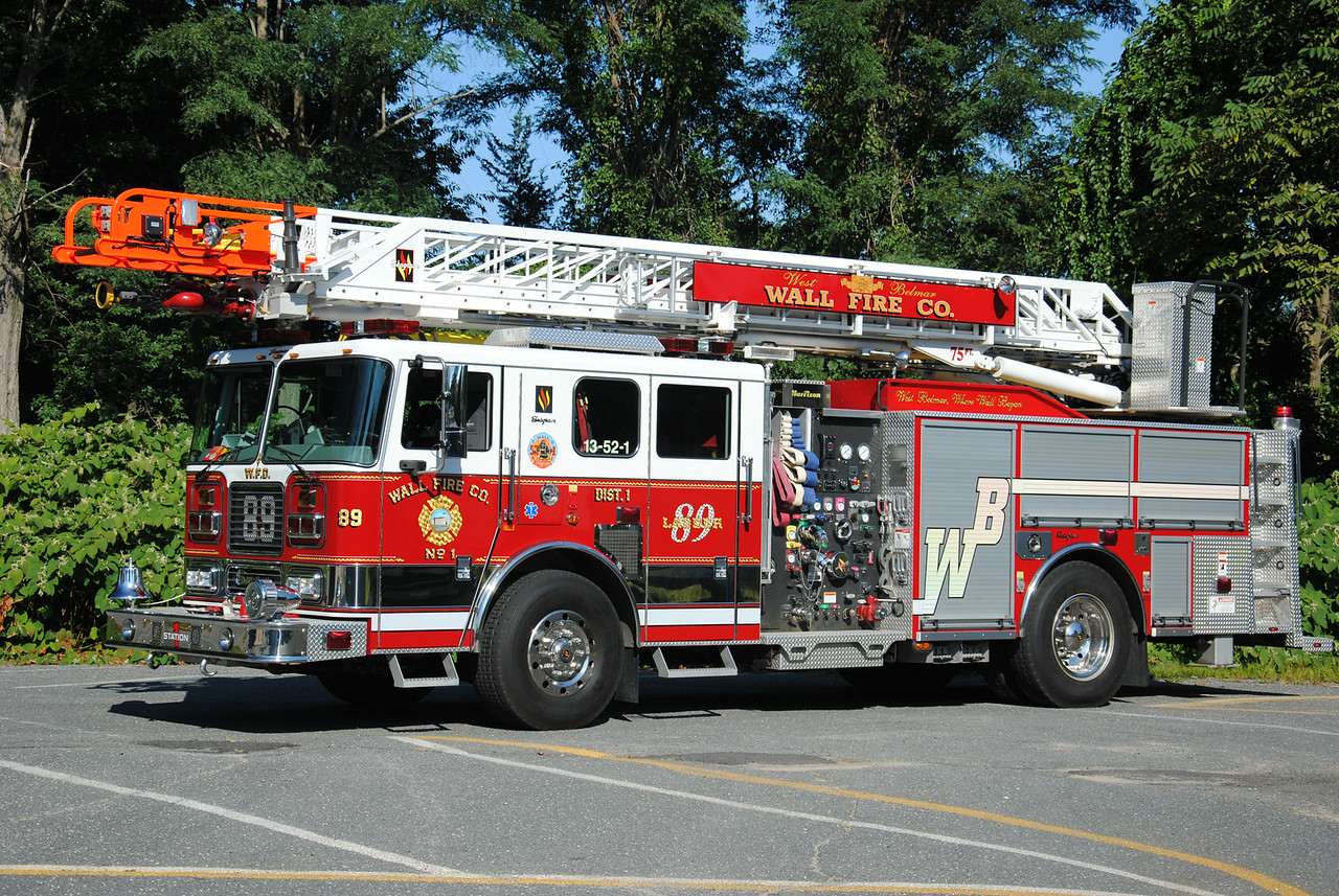 Wall Fire Company #1, Wall Twp Ladder 52-1-89
