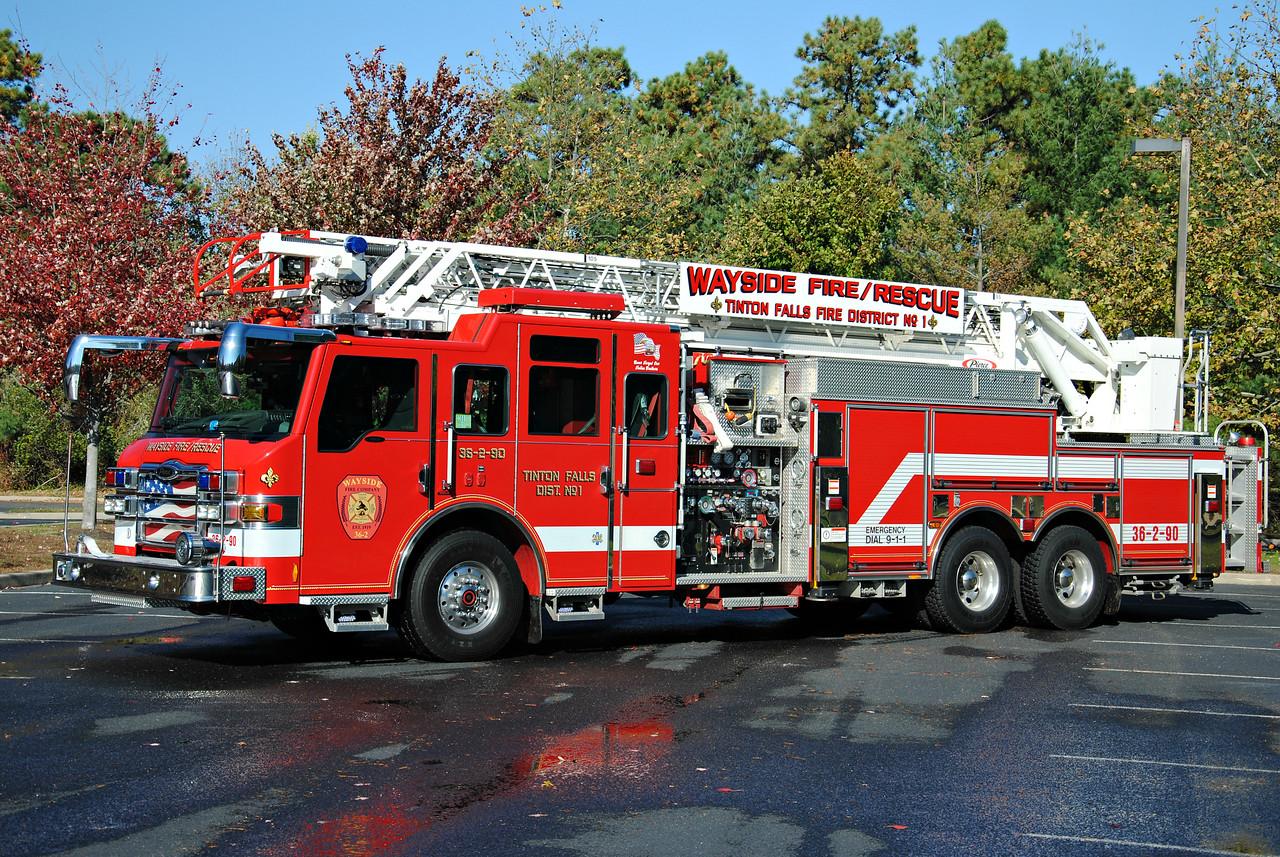 Wayside Fire Company Ladder 36-2-90