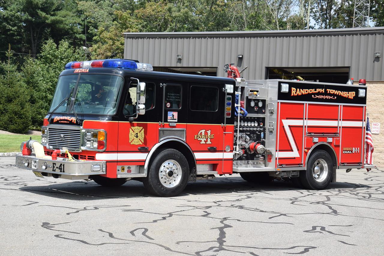 Ironia Fire Company Engine 32-41