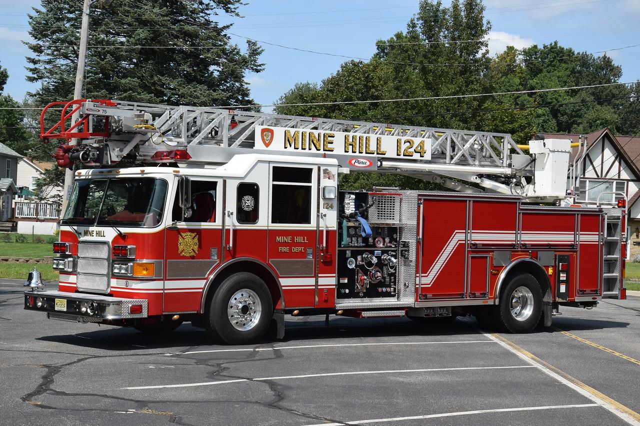 Mine Hill Fire Company Ladder 124
