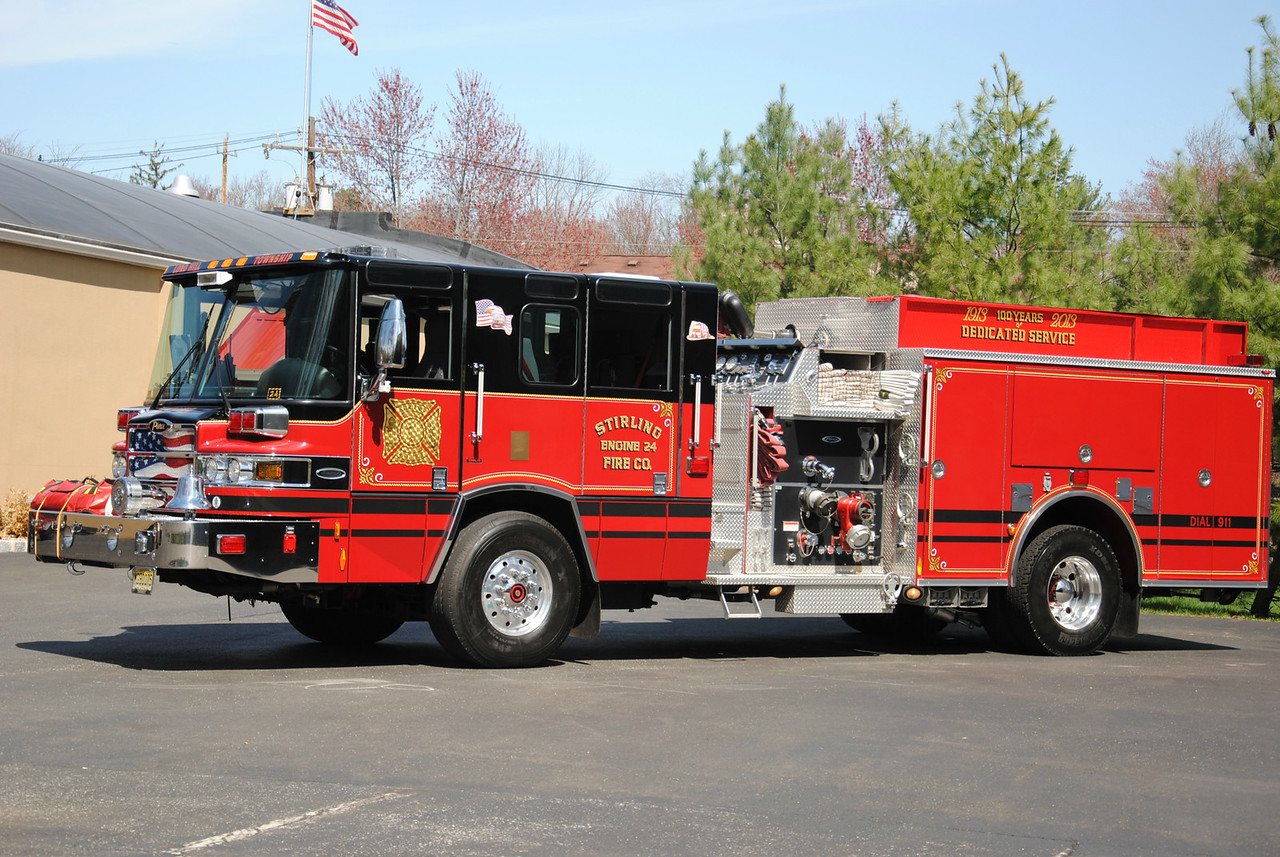 Stirling Fire Company Engine 24