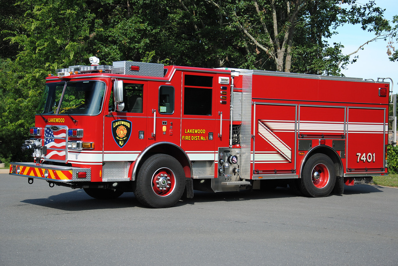 Lakewood Fire Department Engine 7401