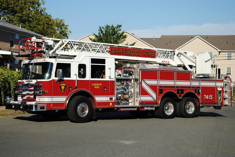 Lakewood Fire Department Ladder 7415