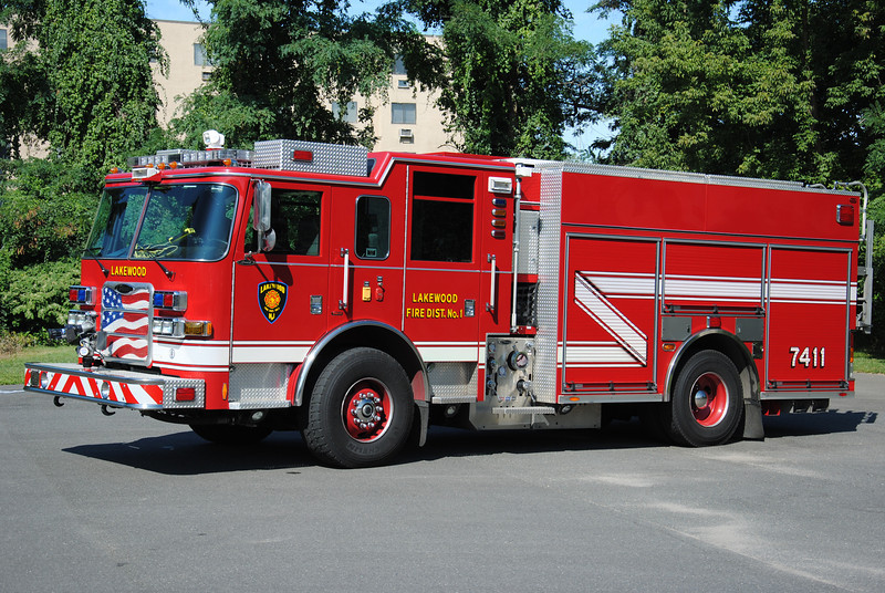 Lakewood Fire Department Engine 7411