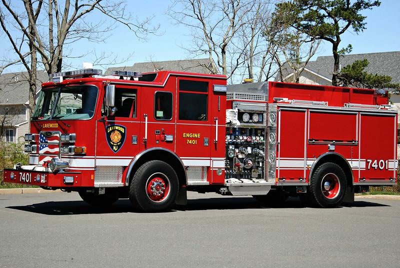 Lakewood Fire Department, Lakewood Engine 7401