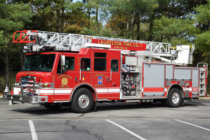 Laurelton Fire Company Ladder 2325