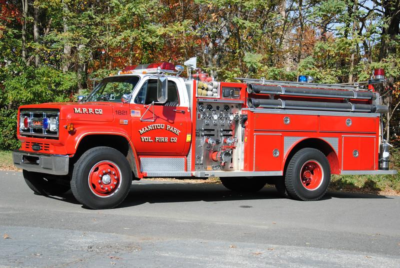 Manitou Park Fire Company Engine 1821