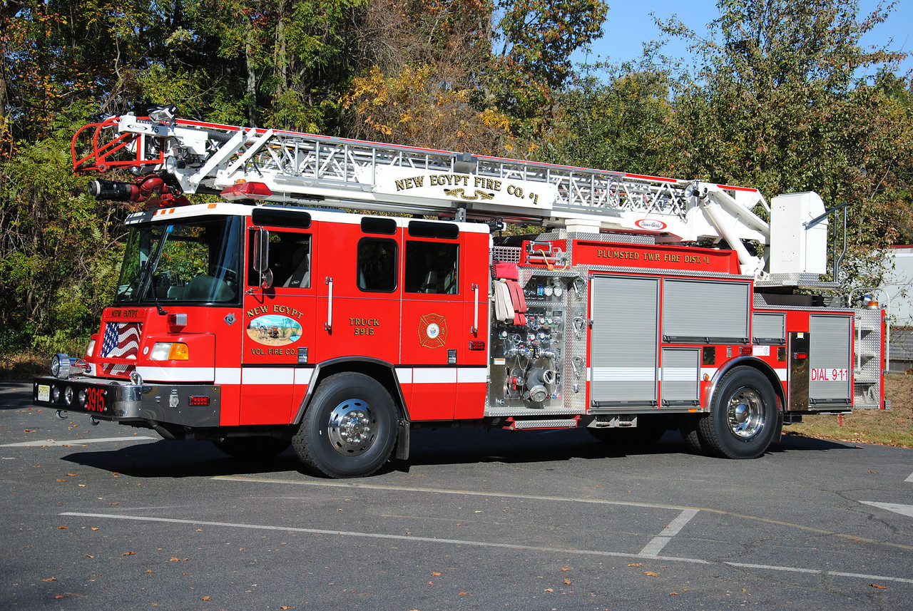 New Egypt Fire Company, Plumstead Ladder 3915