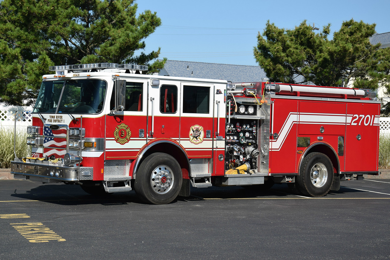 Ocean Beach Fire Company Engine 2701