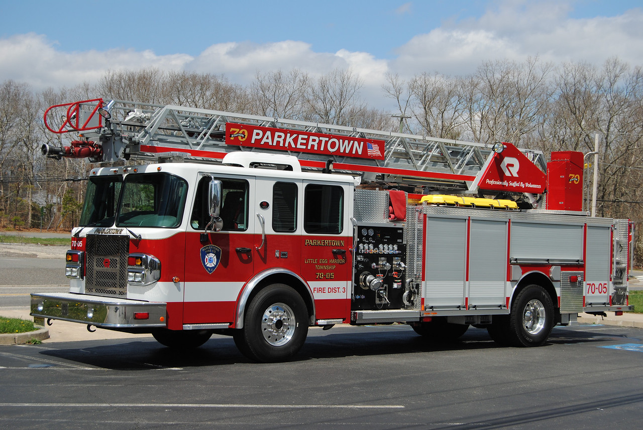 Parkertown Fire Company, Little Egg Harbor Ladder 7005