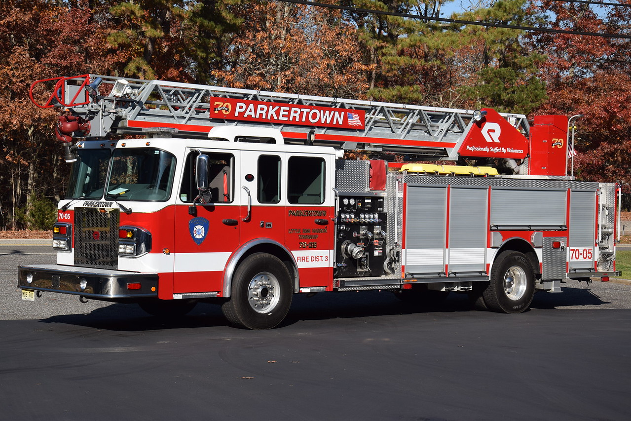 Parkertown Fire Company Ladder 7005