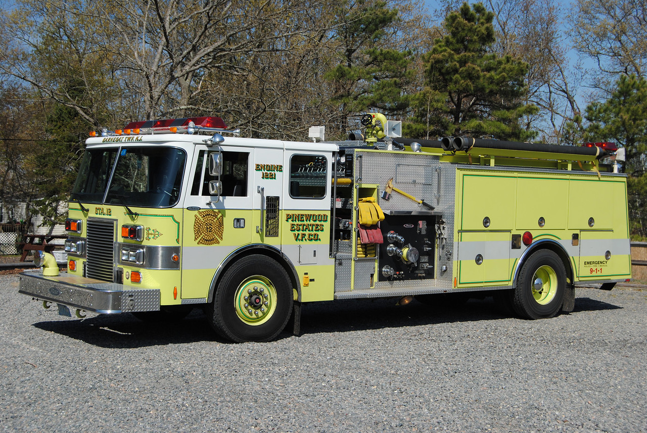 Pinewood Esates Fire Company, Barnegat Twp Engine 1221