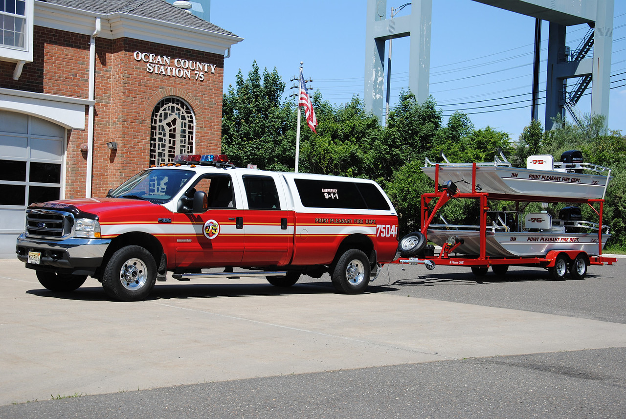 Point Pleasant Fire Department Utility 7504 & Marine 7536/46