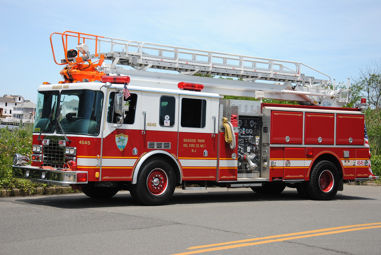 Seaside Park Fire Company Squirt 4545