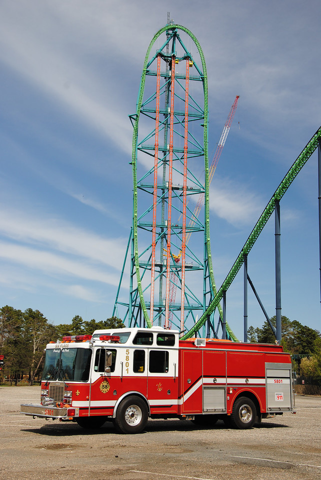 Six Flags Great Adventure Fire Department, Jackson Twp Engine 5801 with King Da Ka