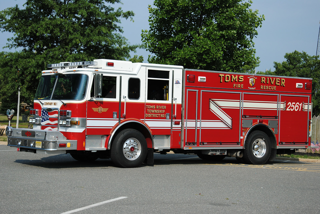 Toms River Fire Company #1, Toms River Engine-Rescue 2561