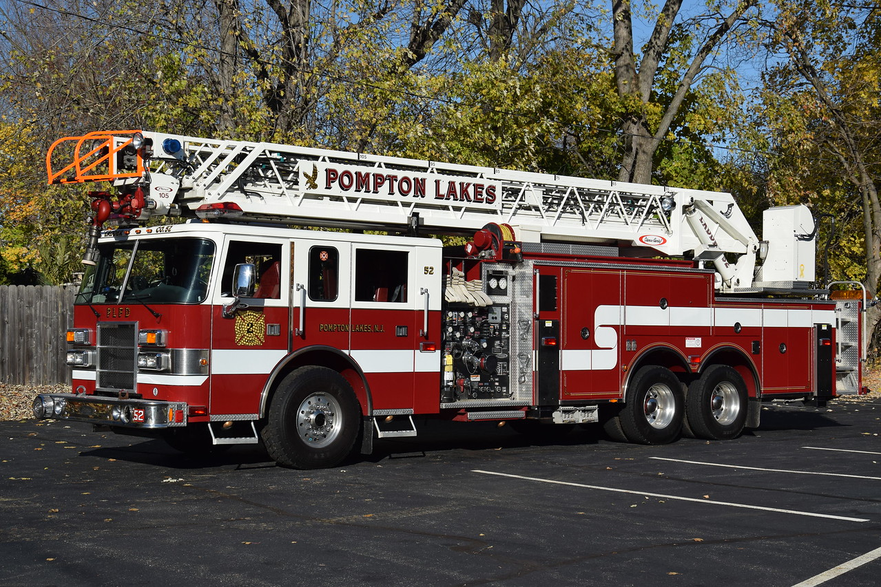 Pompton Lakes Fire Department Ladder 52